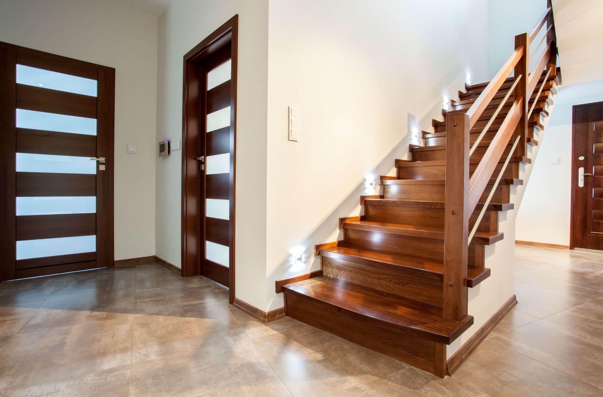 Stepeništa i vrata